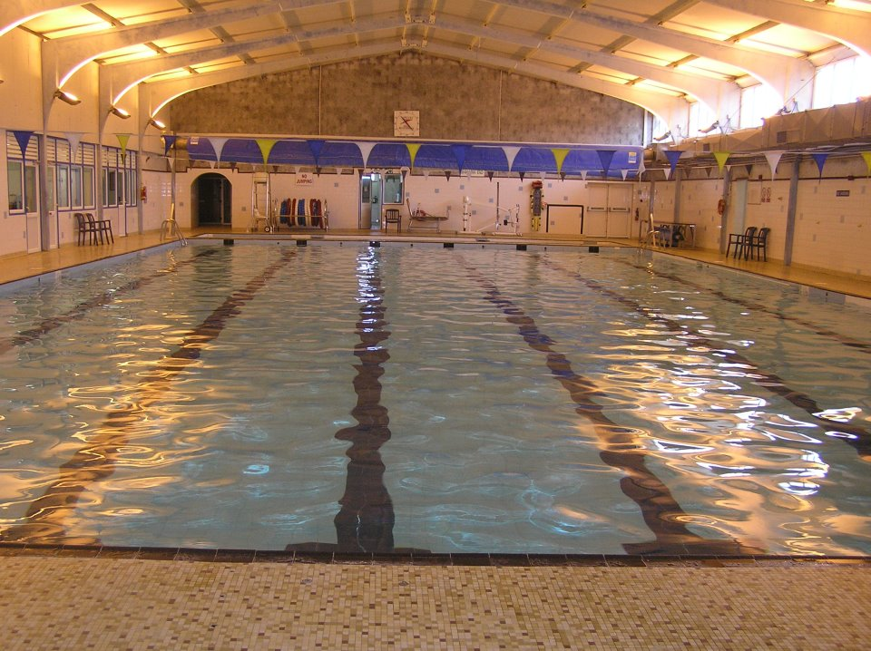 nenagh swimming pool